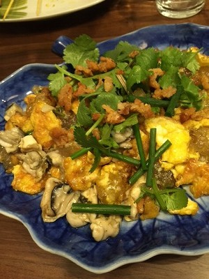 s-東南アジア料理パーティ牡蠣オムレツ